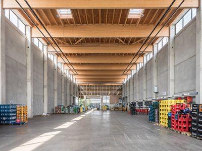 Gewerbe- und Industriebau in Holzrahmenbauweise, Referenz Karl Hoffmeister GmbH